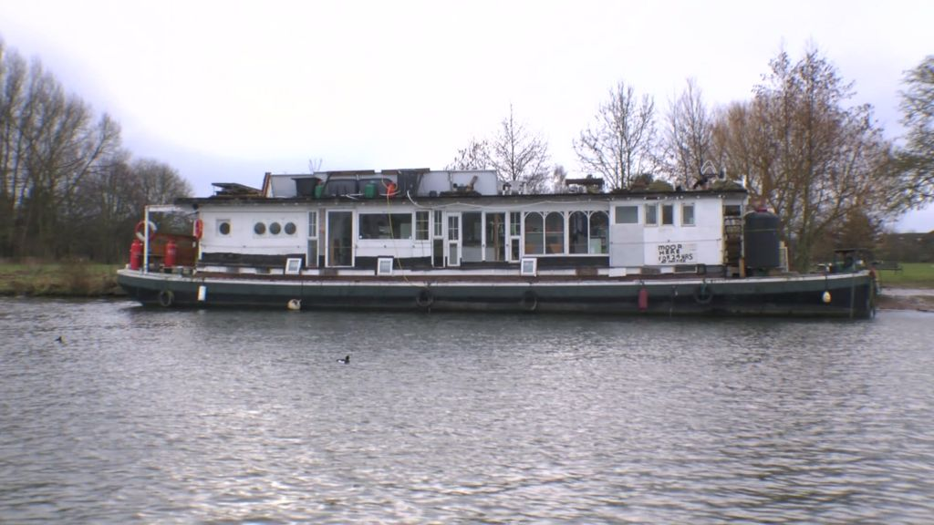 airbnb listed thames houseboat like bonfire waiting for a