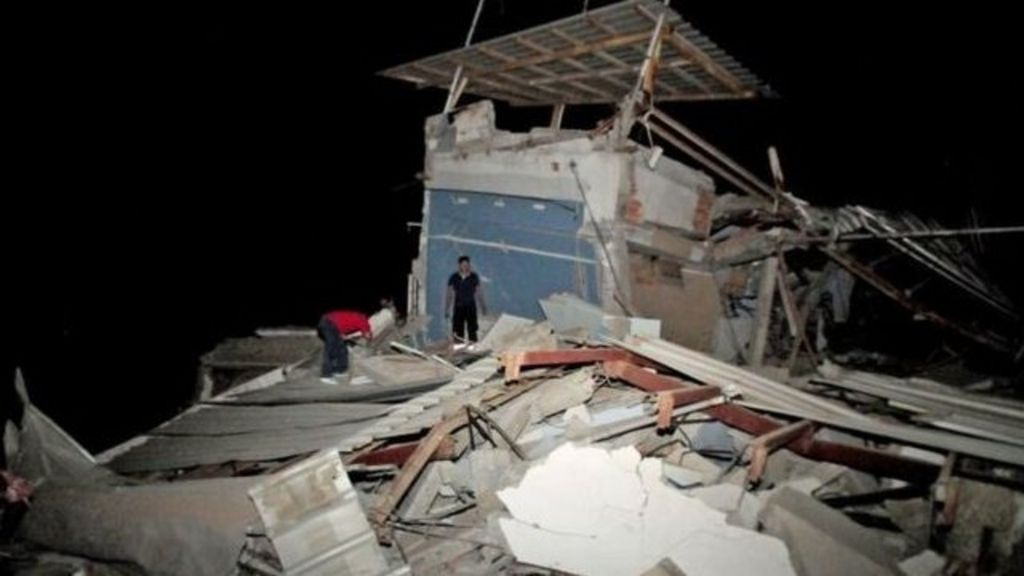 The moment a 7.8 magnitude quake struck Ecuador