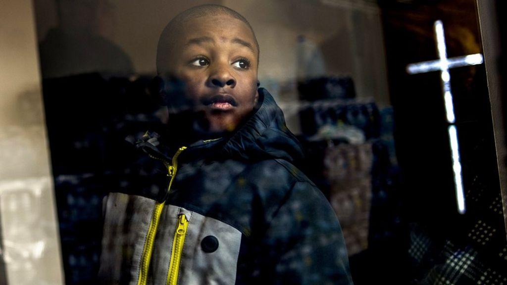 Flint water crisis: Barack Obama says people 'short-changed' - BBC ...