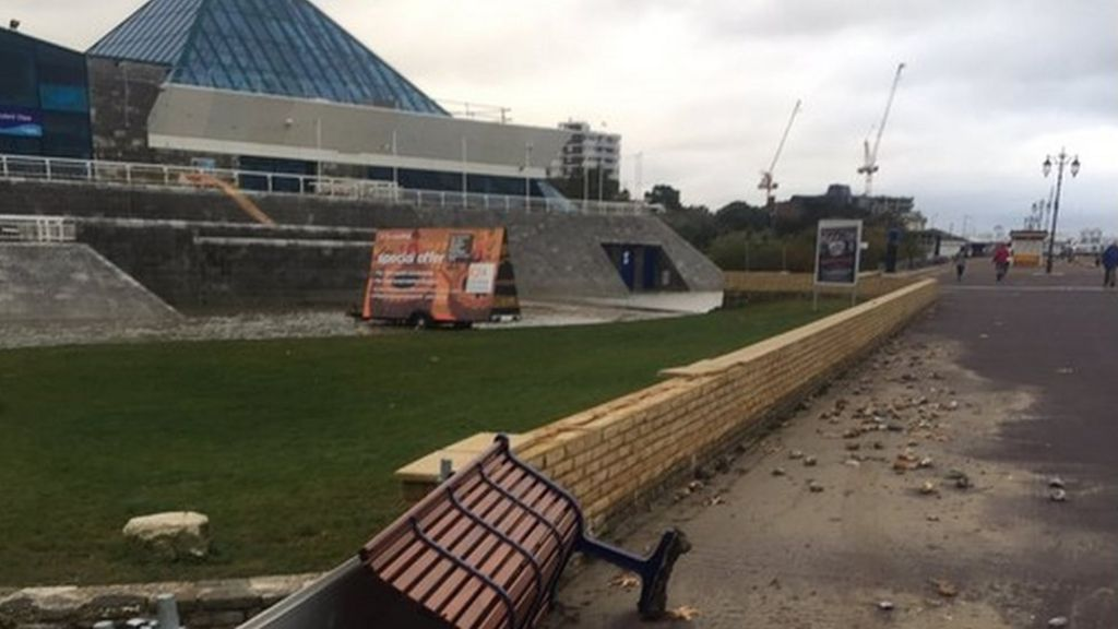 Portsmouth 39 s storm hit swimming pool forced to shut bbc news for Pyramid swimming pool portsmouth