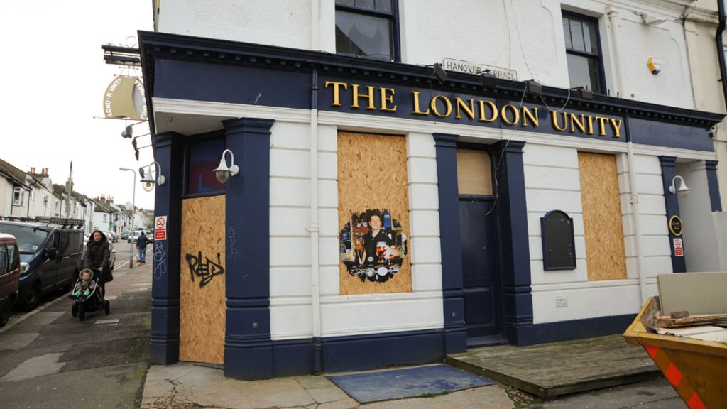 Should there be a crusade to save british pubs bbc news for Craft beer pubs near me