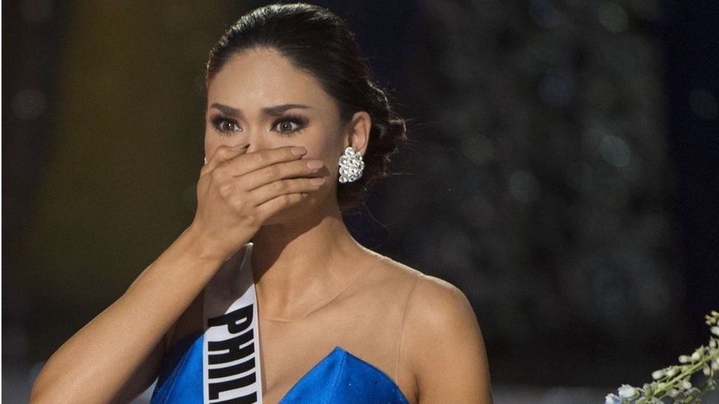 Miss Universe: Miss Colombia mistakenly crowned as winner - BBC ...