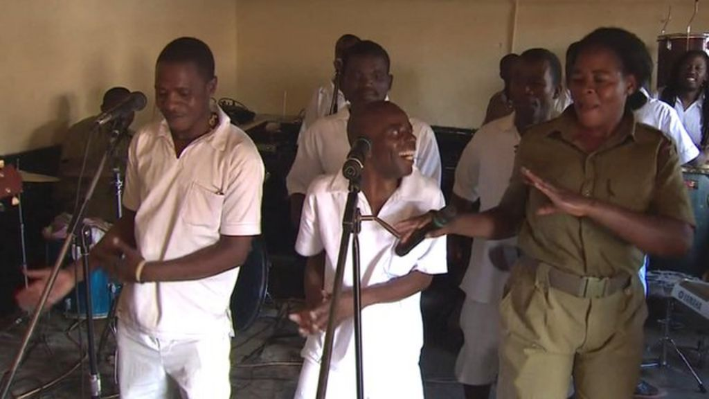 Jailhouse rock: Malawi's prison band scales Grammy heights - BBC ...