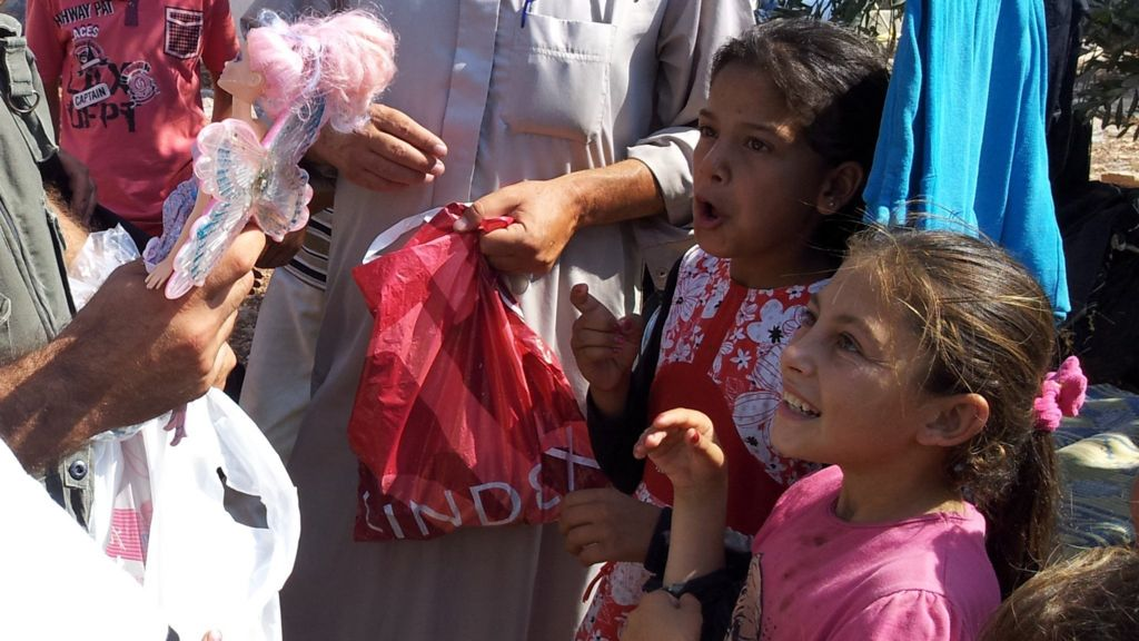 Syria war: The toy smuggler bringing bags of joy to children
