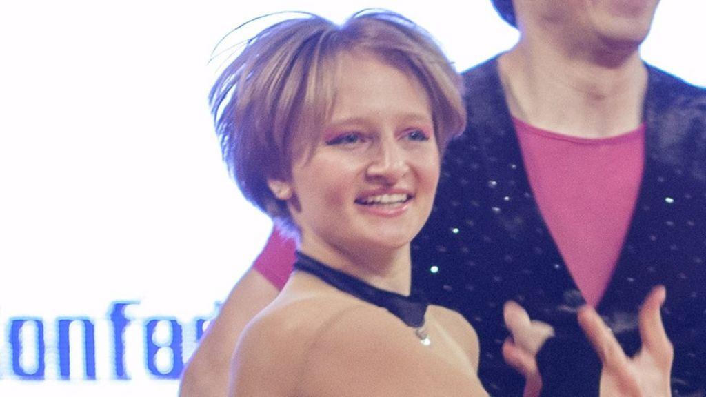 Russian media breaks Putin family taboo - BBC News