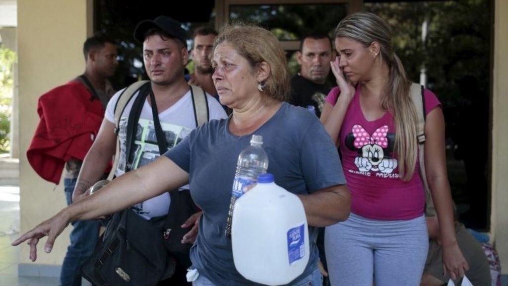 Nicaragua turns back Cuban migrants to Costa Rica - BBC News