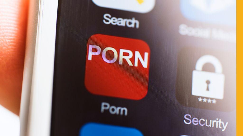 порно россия в общественном месте видео