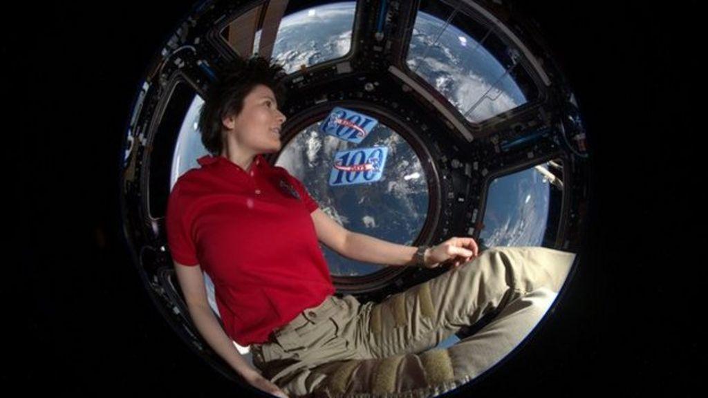 Astronaut Samantha Cristoforetti on life in space - BBC News