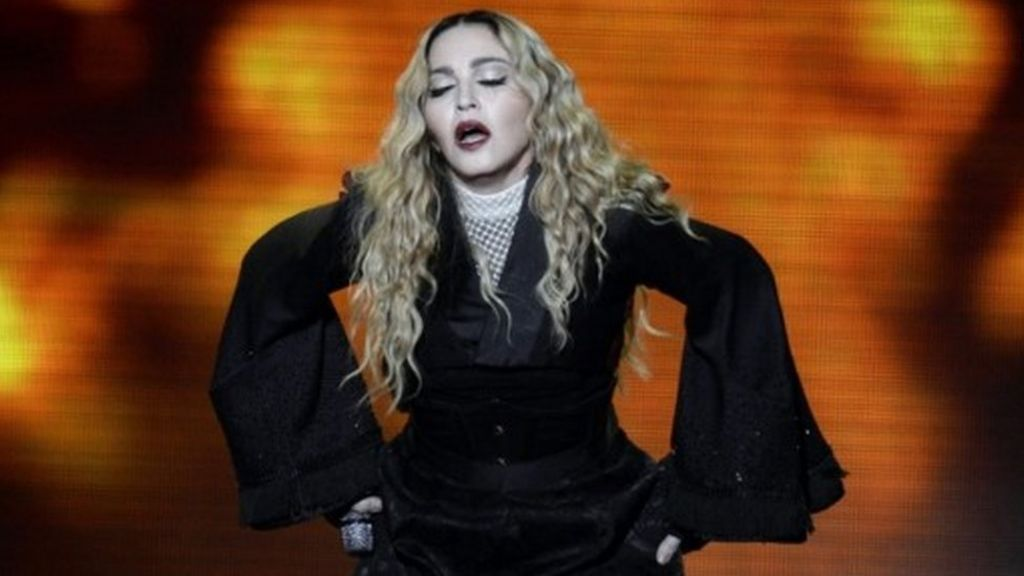 madonna rebuke after power cut during glasgow encore