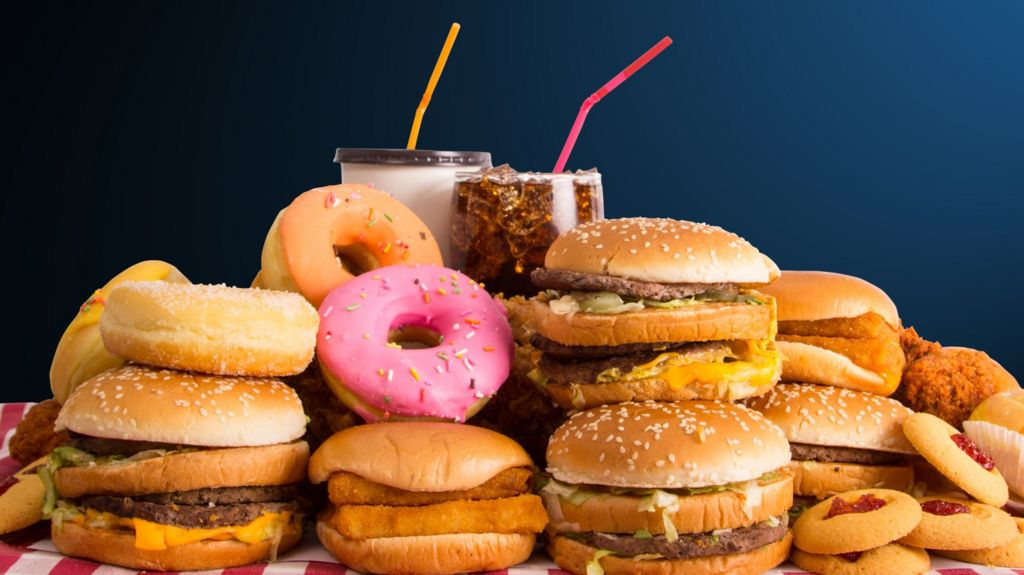 Junk food ads face online ban in uk bbc news for Cuisine you