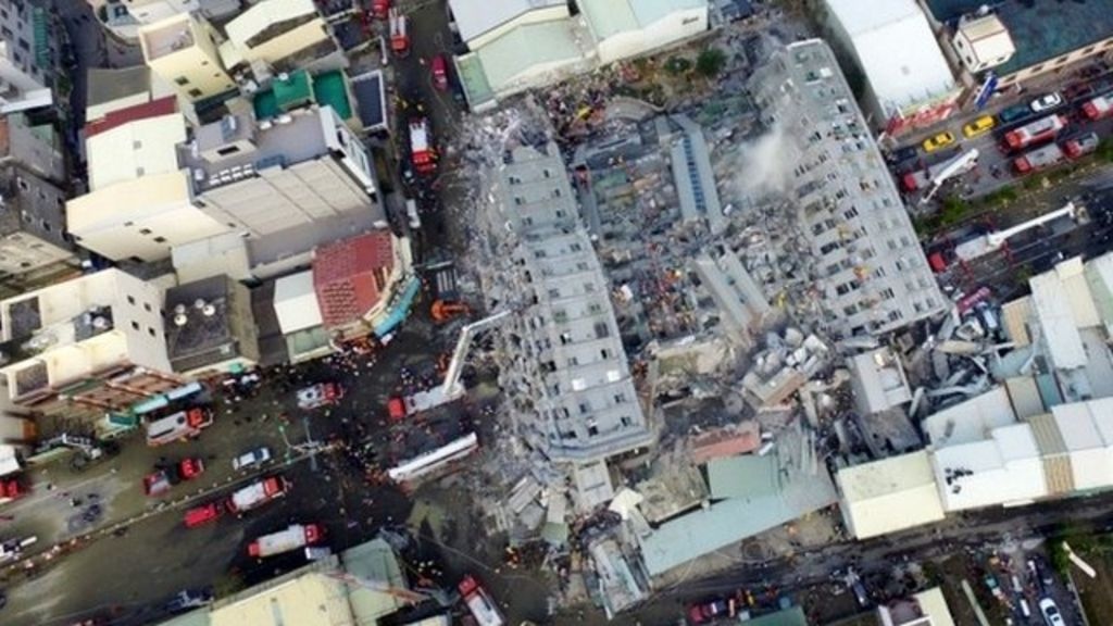 Taiwan quake: Drone footage shows one collapsed building - BBC ...