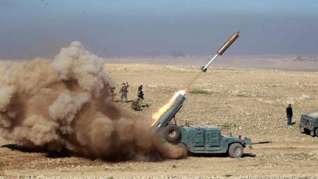 الجيش العراقي يعلن احرازه انتصارات مبكرة أثناء تقدمه صوب غرب الموصل - BBC Arabic