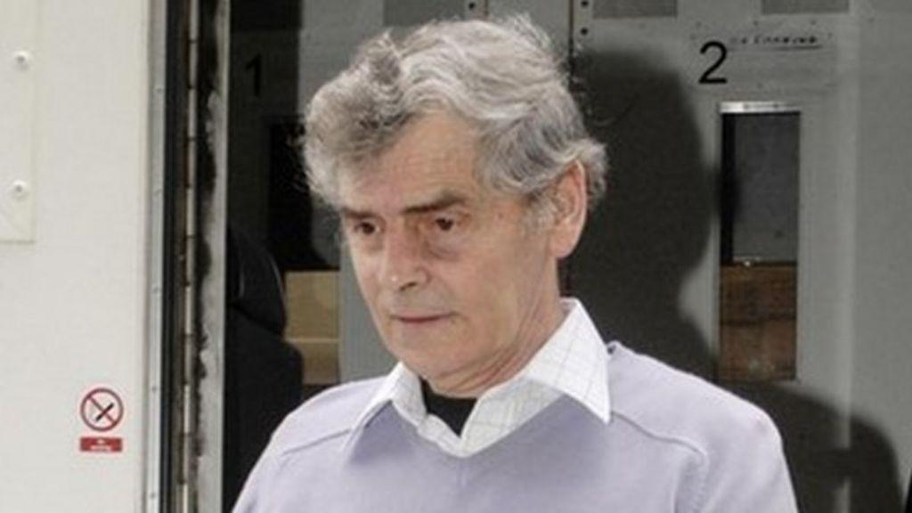 Serial killer Peter Tobin in hospital after 'stroke' - BBC News