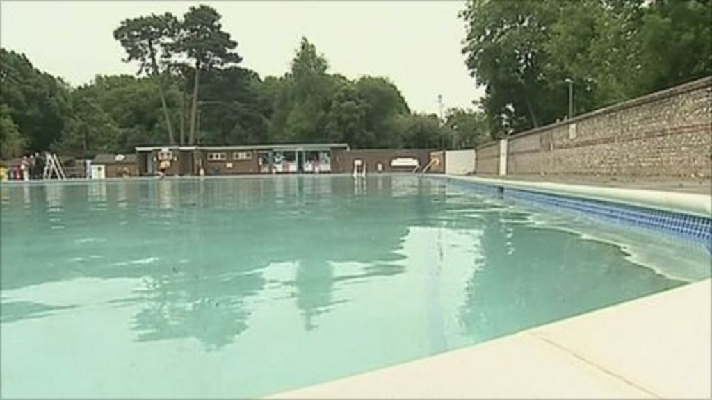 pells pool in lewes marks 150th anniversary bbc news. Black Bedroom Furniture Sets. Home Design Ideas