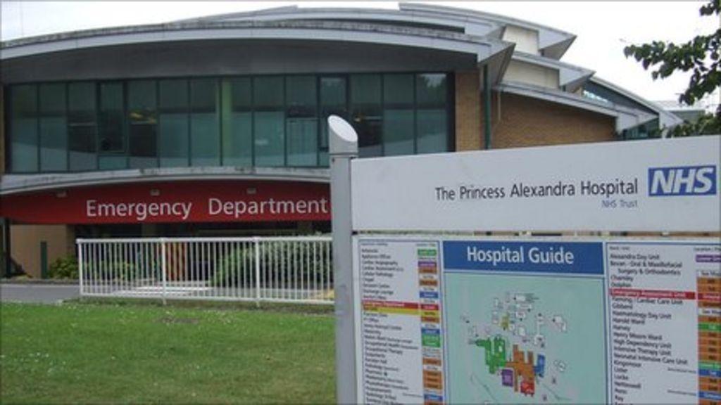 princess alexandra hospital 39 foot wash 39 emergency doctor. Black Bedroom Furniture Sets. Home Design Ideas