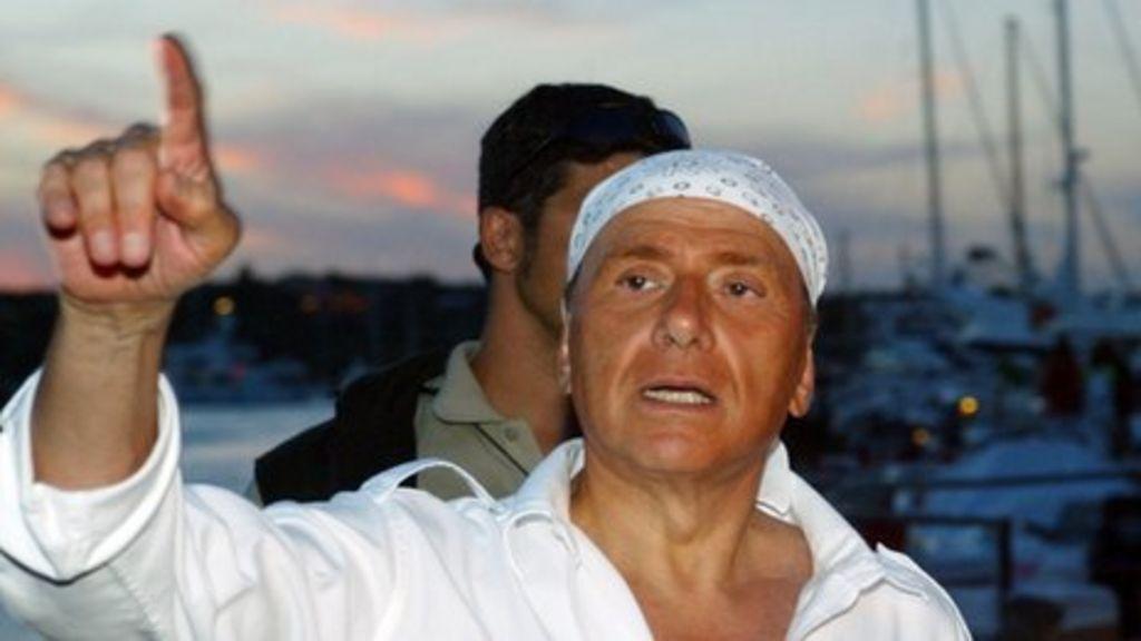 In pictures: Berlusconi in politics - BBC News