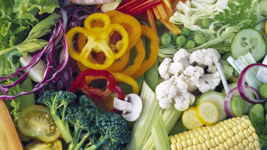 Vegetarians 39 cut heart risk by 32 39 bbc news for Can vegetarians eat fish
