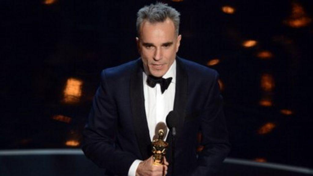 Daniel Day-Lewis makes Oscar history with third award - BBC News