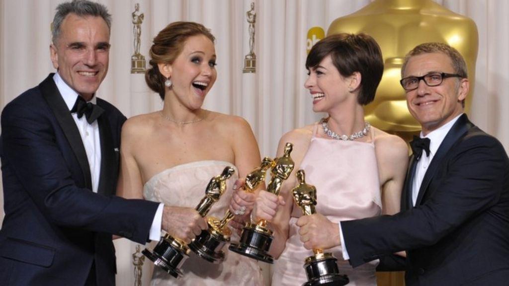 As it happened: Oscars 2013 - BBC News