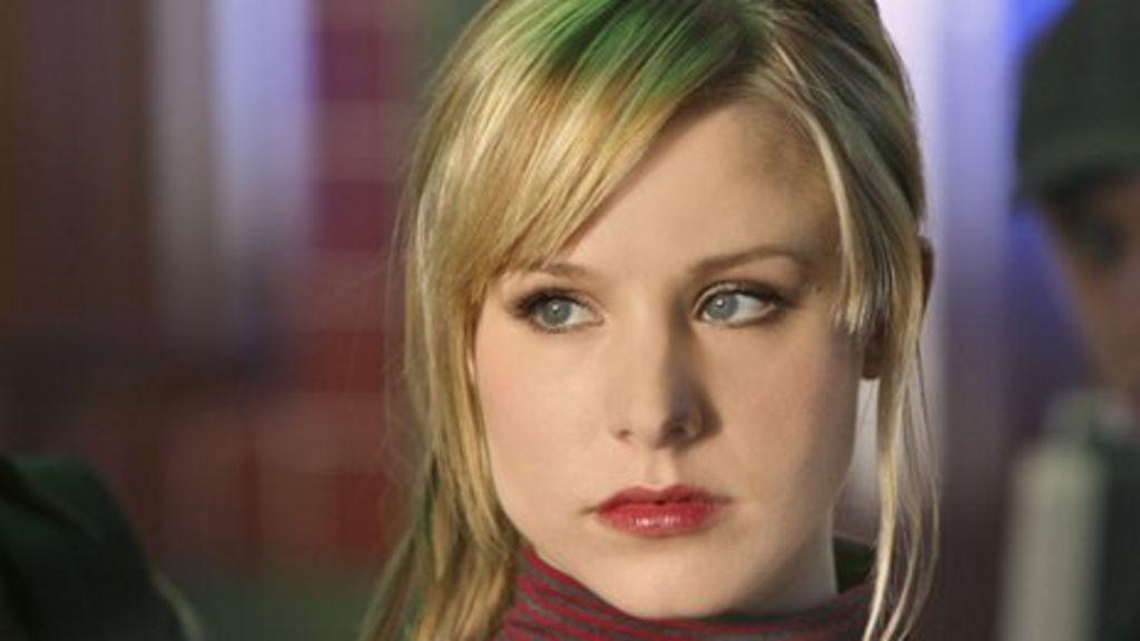 Veronica Mars fans make film dream a reality - BBC News