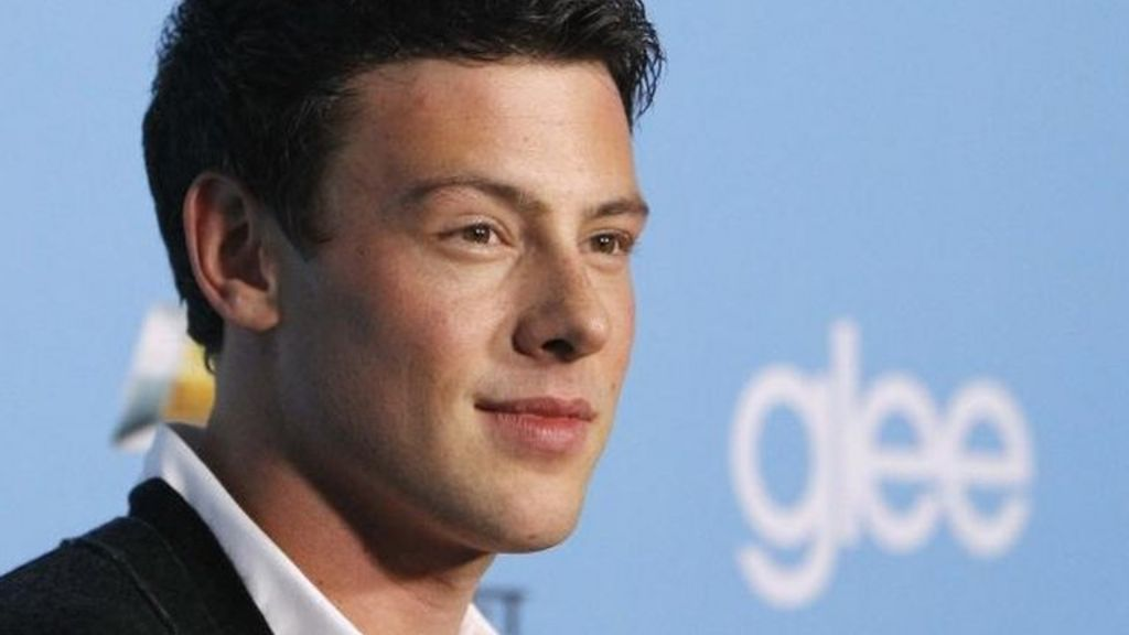 Cory Monteith: Glee star died from alcohol and heroin - BBC News