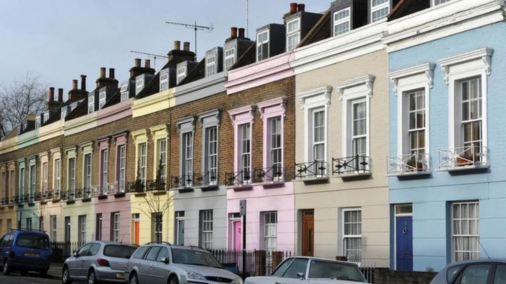 Rent 39 unaffordable 39 for low income families in third of uk for Definition for terrace
