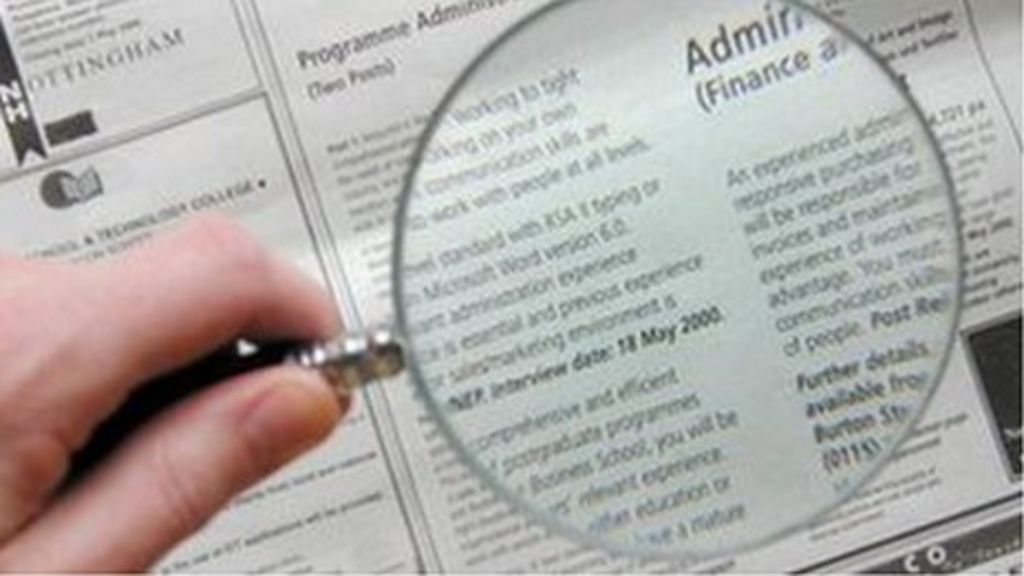 CV blunders hit jobseekers' chances of securing employment - BBC ...
