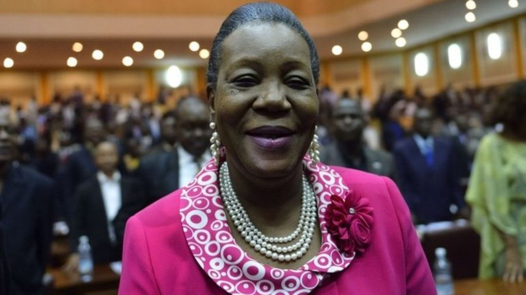 Central African Republic MPs elect Catherine Samba-Panza - BBC ...