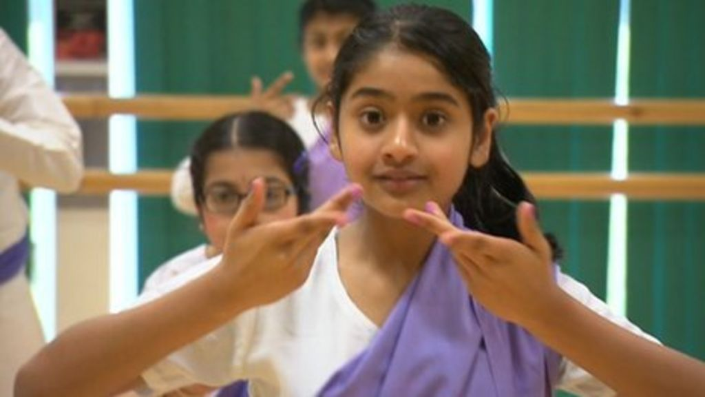 Indian dance company in Birmingham offers diploma-level ...