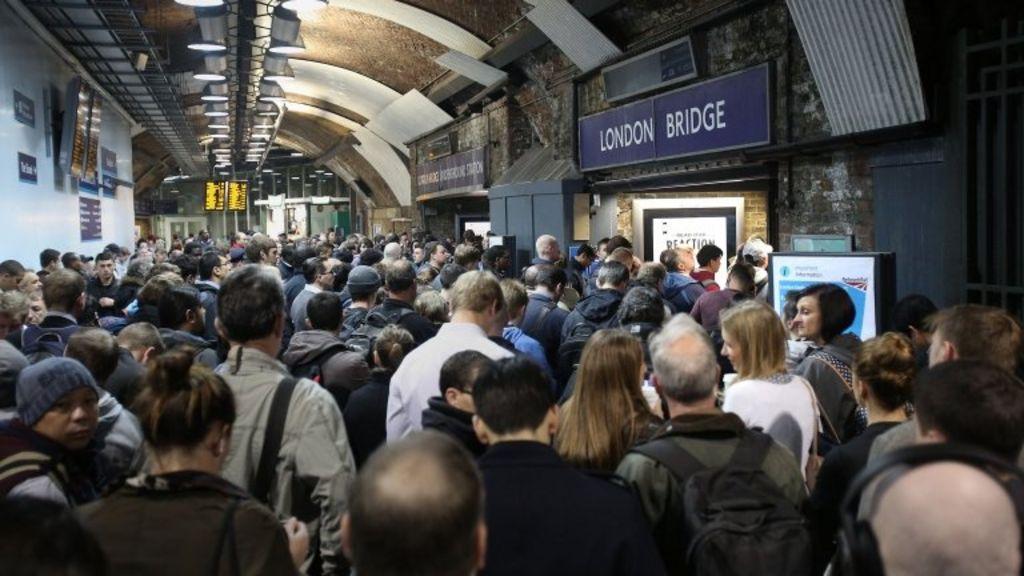 Queues at London Bridge