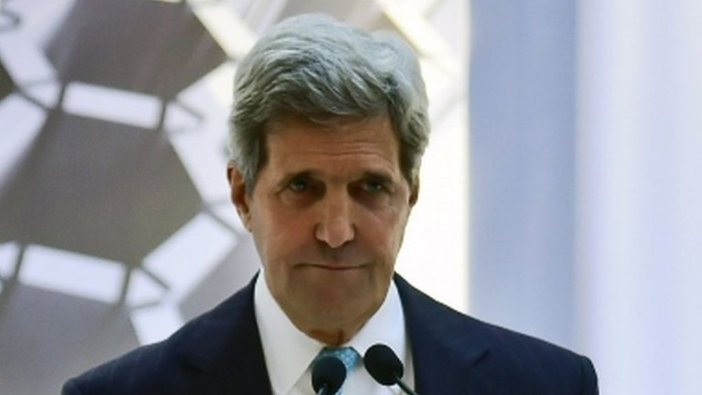 John Kerry tells fugitive Edward Snowden to 'man up' - BBC News