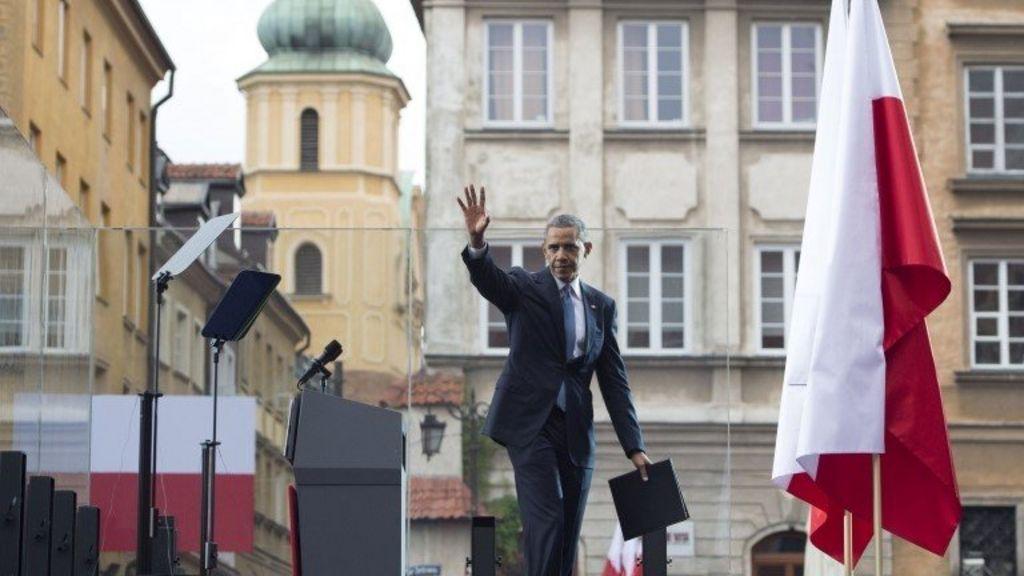 Obama condemns Russian 'dark tactics' in Ukraine - BBC News