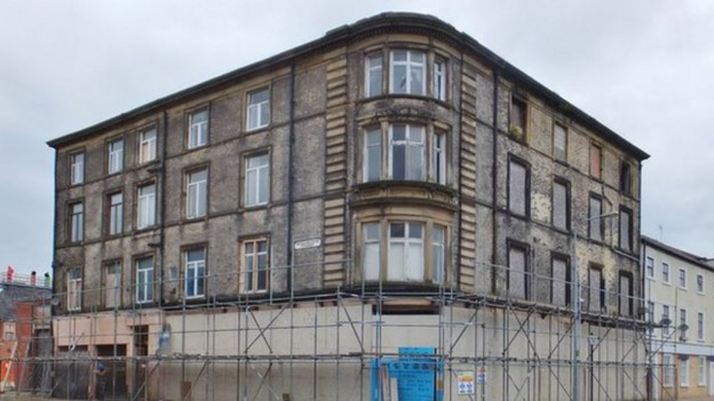 Hull 39 s wellington house demolition plans revised bbc news for Wellington house designs