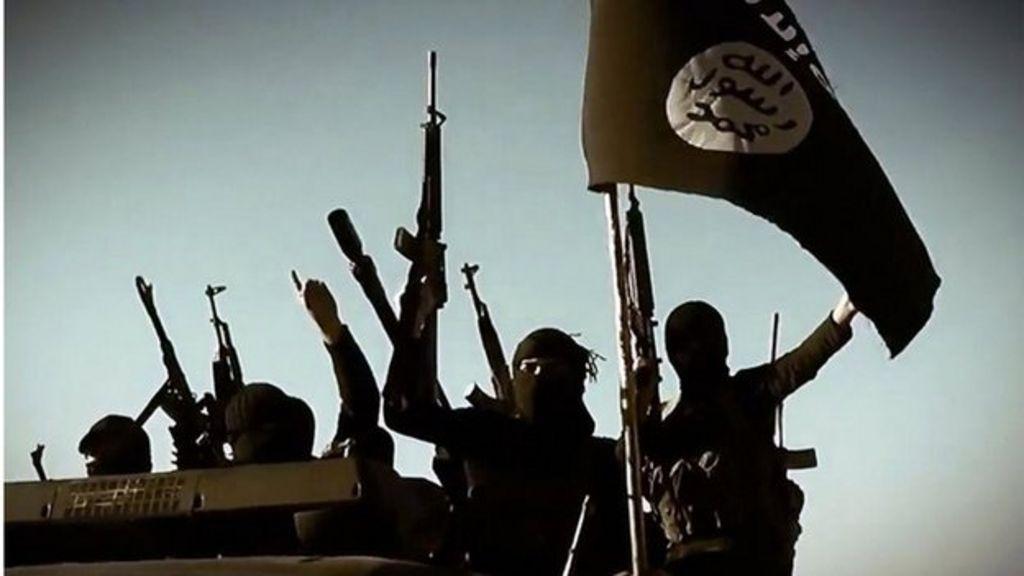 Isis defector speaks of life inside brutal jihadist group - BBC News