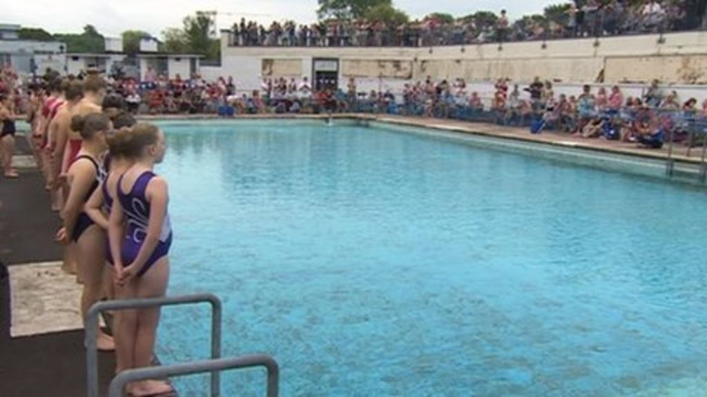 Hilsea Lido Restricts Entry After Anti Social Behaviour Bbc News