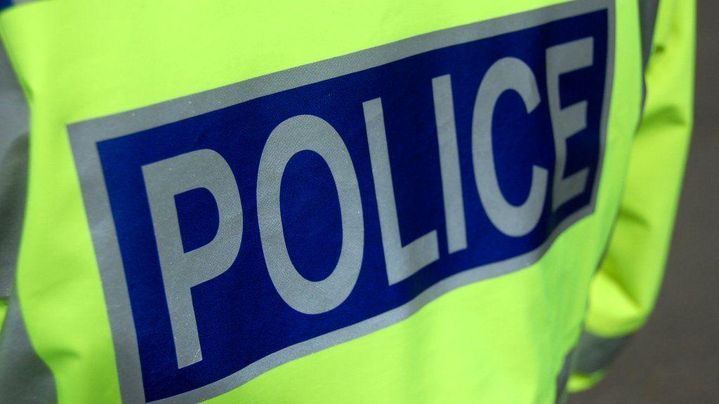 Police Scotland arrest 190 in warrant crackdown - BBC News