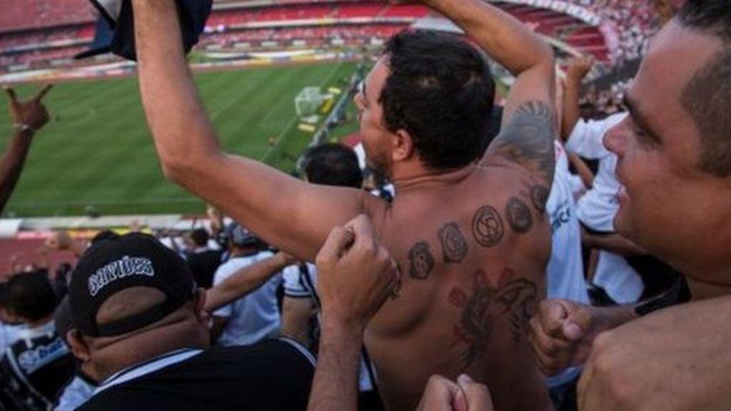 Corinthians fans get chance to offer eternal support - BBC News