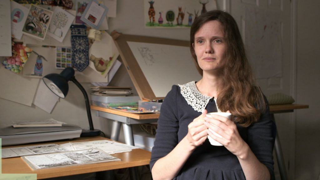 Anorexia explored in graphic novel - BBC News