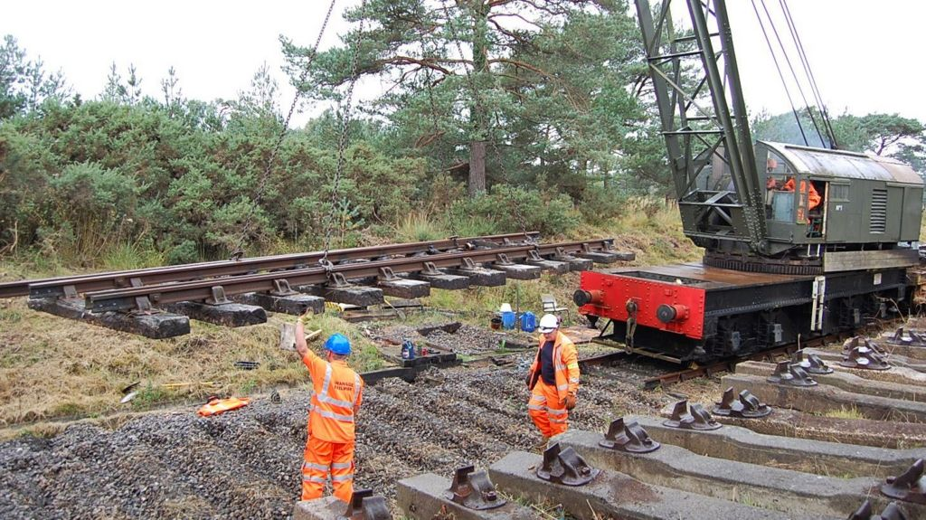 Boundary track being removed