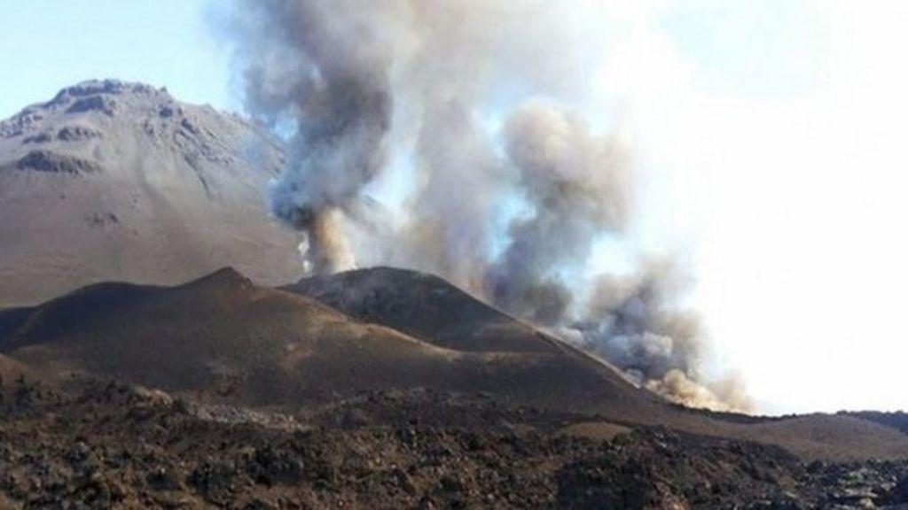 Cape Verde residents evacuated as Pico do Fogo volcano erupts ...