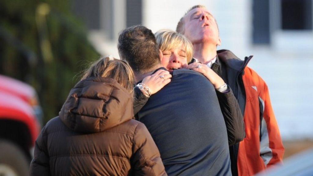 Sandy Hook victims' families file lawsuit against gun maker - BBC ...