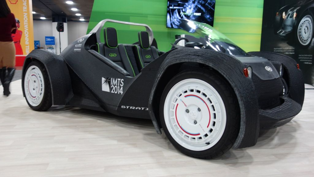 Detroit Motor Show: Test-driving a 3D-printed car - BBC News