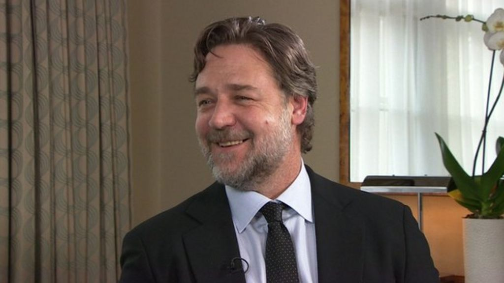 russell crowe on directing movies leeds utd and top gear