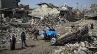 Musul'un Cedide mahallesinde 17 Mart'taki hava saldırılarında yaklşaık 150 sivilin hayatını kaybettiği iddia ediliyor.