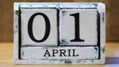 Calendar showing 01 April