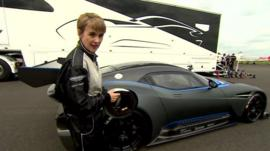 Emma Simpson and the new Vulcan car
