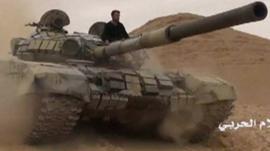 Tank enters Palmyra