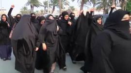 Women in Bahrain marching over death of Sheikh Nimr al-Nimr
