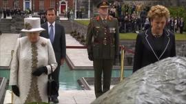 The Queen at wreath laying ceremony