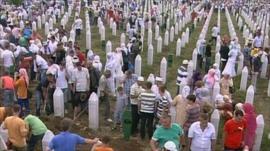 Mourners in Srebrenica